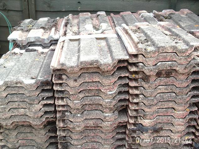Redland 49 Granulated Roof Tiles A And D Reclaim