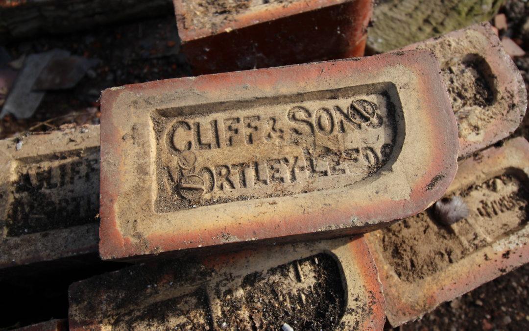 Cliff & Sons Vintage Bull-nose Bricks