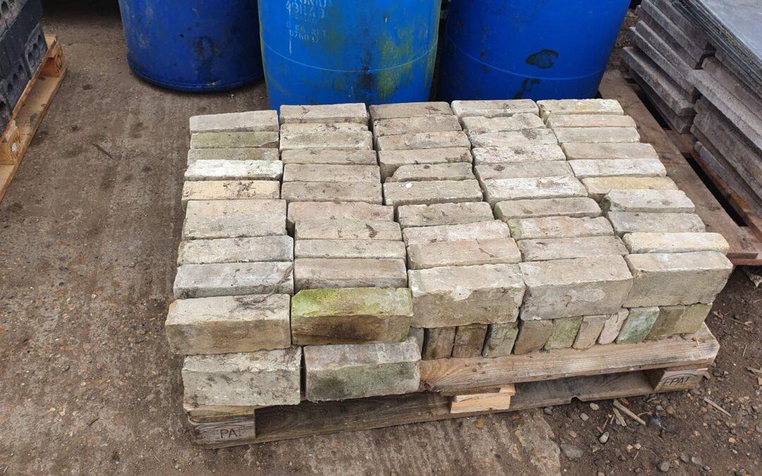 Cambridge White / Yellow Stock Bricks